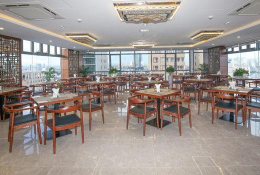 Restaurant-d